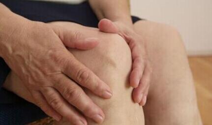 风湿骨病是由什么引起的?